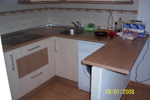 Muebles de cocina en pe aranda electrodom sticos armarios for Ver cocinas montadas